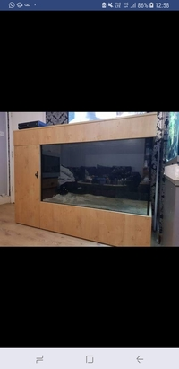 Custom made aquarium �0