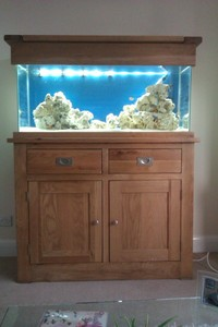 Aquarium Oak cabinet 120cm doors and drawers, 210 liters, with full equipment: �0 ono